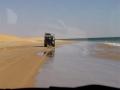 Langs het strand